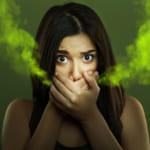 Bọc răng sứ – Cẩn trọng với những biến chứng khó lường!