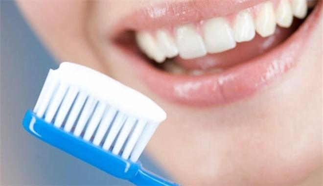 chăm sóc sau khi nhổ răng