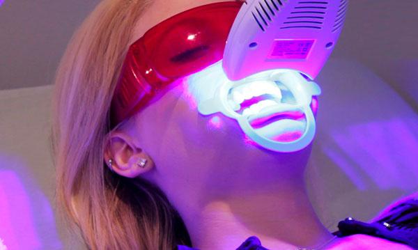 tẩy trắng răng bằng laser whitening có hại không, tẩy trắng răng bằng ánh sáng laser whitening có hại không, tẩy trắng răng bằng laser, tẩy trắng răng bằng laser whitening, tẩy trắng răng bằng laser giá bao nhiêu, tẩy trắng răng bằng laser bao nhieu tien, tẩy trắng răng bằng laser có ê buốt không, tẩy trắng răng bằng laser zoom, tẩy trắng răng bằng laser whitening bao nhiêu tiền, tẩy trắng răng bằng laser có đau không, tẩy trắng răng bằng laser webtretho, giá tẩy trắng răng bằng laser, có nên tẩy trắng răng bằng laser, chi phí tẩy trắng răng bằng laser, có nên tẩy trắng răng bằng laser whitening, quy trình tẩy trắng răng bằng laser, tẩy trắng răng bằng laser có hại không, tác hại của tẩy trắng răng bằng laser