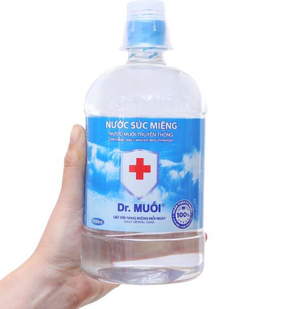 pha nước muối súc miệng đúng cách, cách pha nước muối súc miệng, cách pha nước muối súc miệng tại nhà, tỉ lệ pha nước muối súc miệng, công thức pha nước muối súc miệng, Pha Nước Muối Súc Miệng