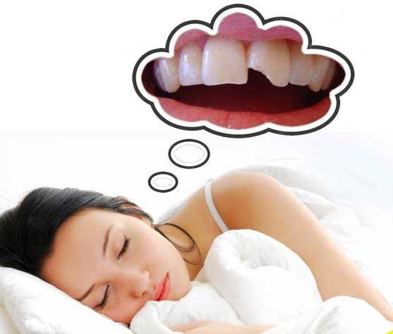 Nằm mơ thấy mẻ răng là điềm gì? Đánh con gì?