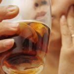 Cách làm hạt cau ngâm rượu chữa đau răng hiệu quả chỉ sau 5 phút