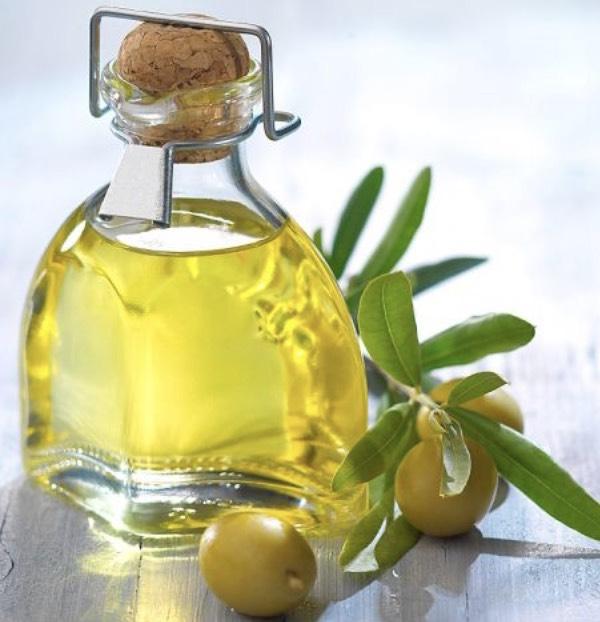 Cách làm trắng răng bằng dầu oliu, Cách tẩy trắng răng bằng dầu oliu
