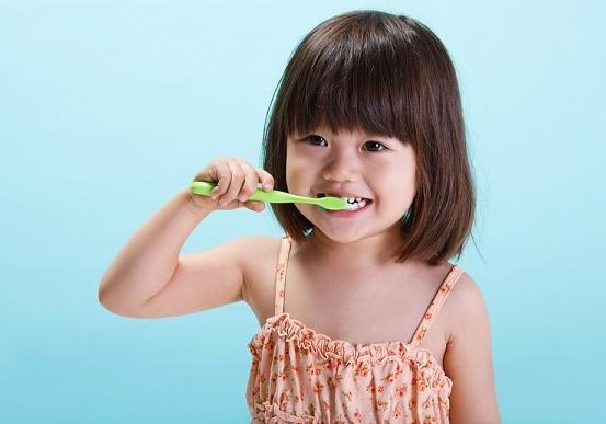 Cách chăm sóc răng sữa cho bé