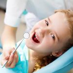 Trẻ em có nên lấy cao răng không?