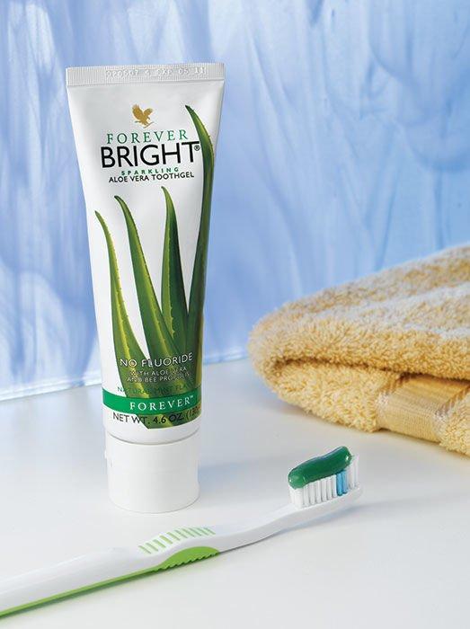 Kem đánh răng forever bright toothgel có tốt không? Giá bao nhiêu?